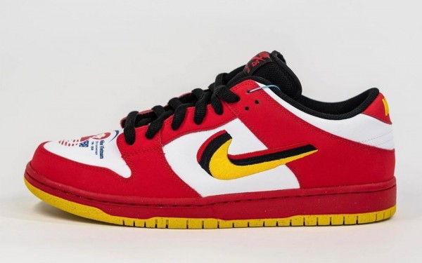 """309242-307 Nike Dunk Low """"Vietnam 25th Anniversary"""" - Rosse/Gialle-Nere-Bianche"""