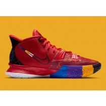"""DC0589-600 Nike Kyrie 7 """"Sports Icons"""" Scarpe - Rosse/Multicolor"""