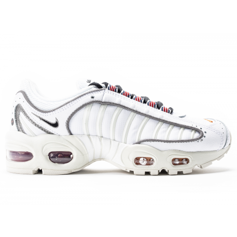 CJ7979-100 Donne NIKE AIR MAX TAILWIND IV SE - Bianche/Nere/Bianche/Rosse