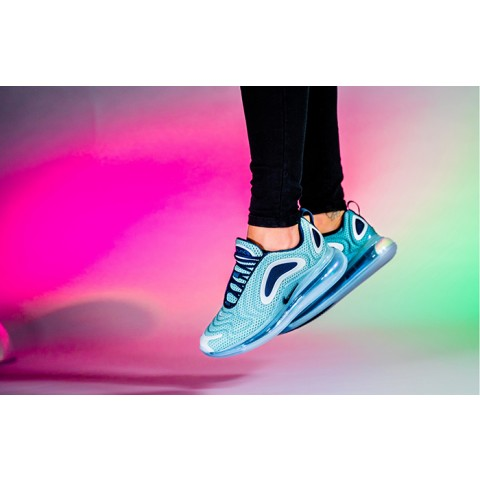 AR9293-001 NIKE AIR MAX 720 Donne Scarpe - Argento metallizzato/Midnight Navy