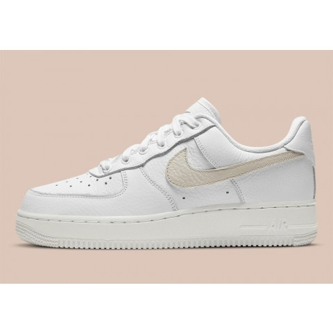 DC1162-100 Nike Air Force 1 Low Scarpe - Bianche/Bianche/Solar Flare/Starfish